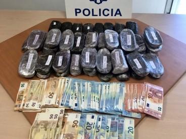La Policía Nacional localiza en Algeciras una 'guardería' utilizada por los muleros para expulsar y almacenar hachís