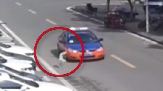 Vídeo| Atropellado un niño de 5 años que milagrosamente sale ileso