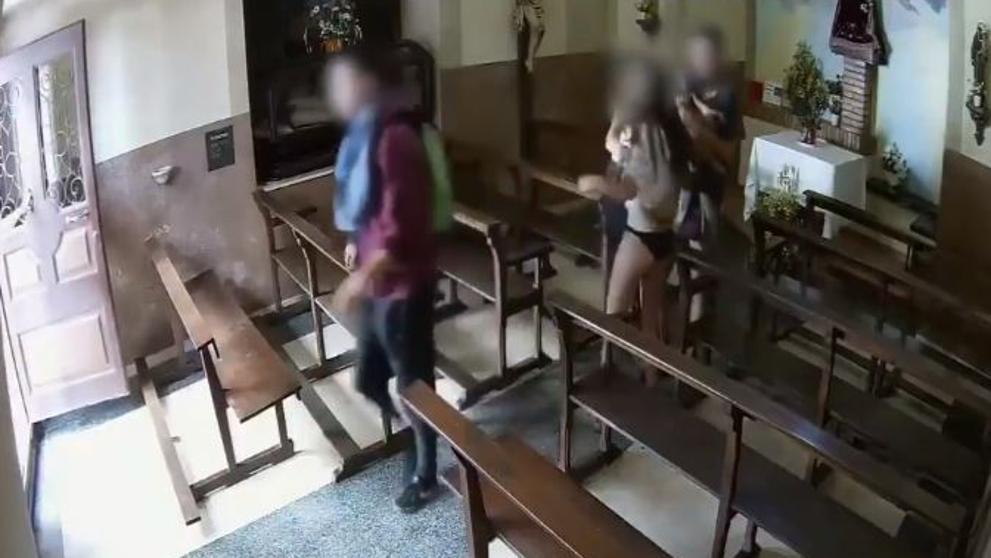 Vídeo  Entran a robar en una capilla y se llevan un Cristo de valor histórico