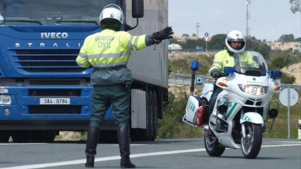 Herido un Guardia Civil de Tráfico al ser atropellado cuando regulaba el tráfico en un accidente en Illescas