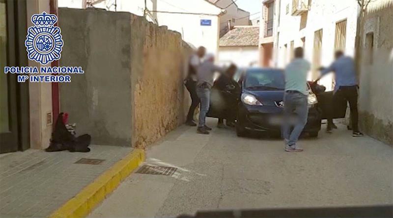 Desmantelados dos grupos criminales dedicados a cometer asaltos a entidades bancarias