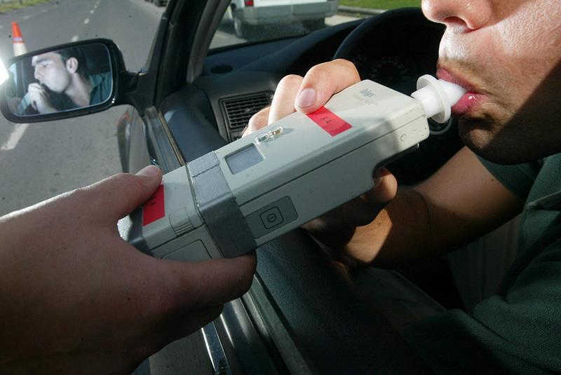 450 conductores son detectados cada día al volante tras haber ingerido alcohol o drogas