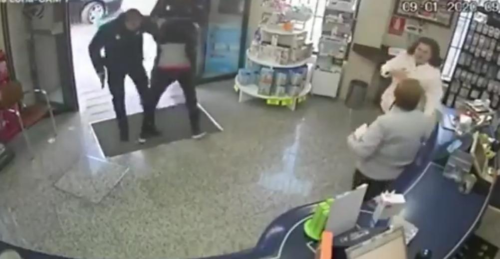 Detenido cuando huía de la farmacia a la que acababa de atracar en Coria