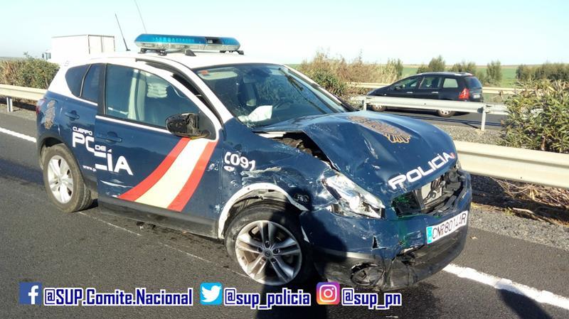 Espectacular persecución en Huelva a un coche que se dio a la fuga