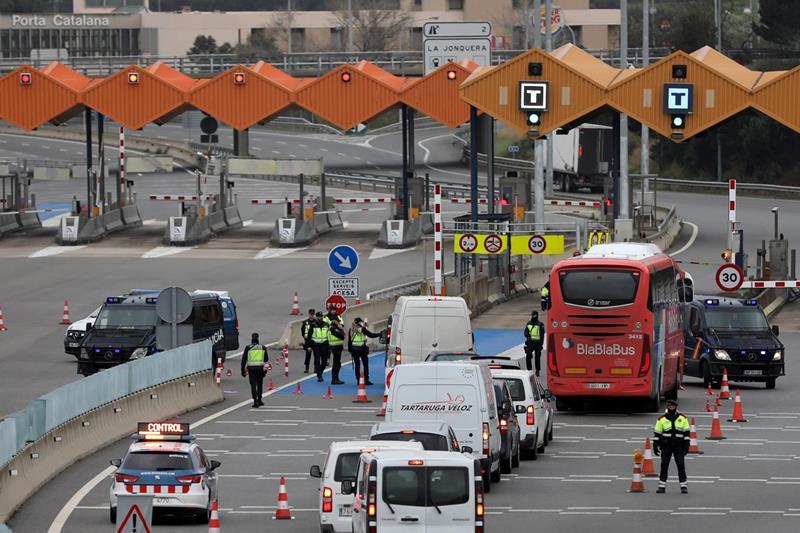 Se prorrogan otros 14 días los controles en las fronteras terrestres con Francia y Portugal