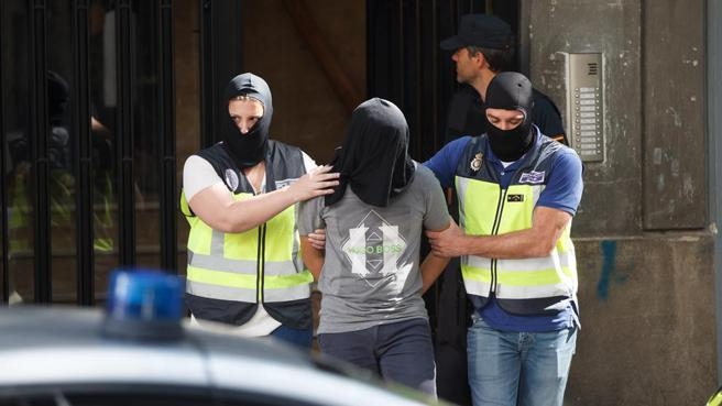 """El yihadista detenido en Madrid se mofaba de las muertes por COVID, deseando la propagación del virus como """"un castigo de Alá"""""""