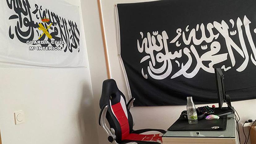 Detenido en Alicante un joven que utilizaba las plataformas de videojuegos para difundir propaganda de DAESH