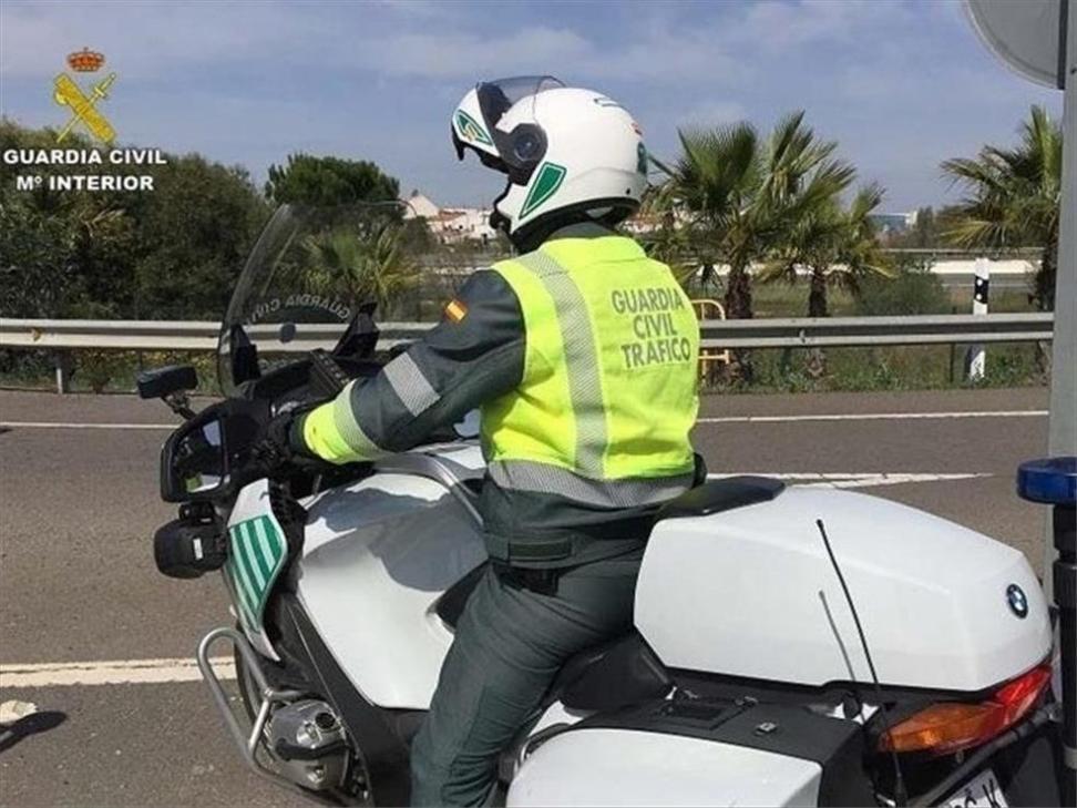 Muere un hombre de 50 años en un accidente de tráfico en Alhama de Granada