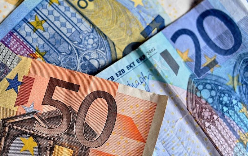 Introducían billetes de 20 y 50 euros falsos en España procedentes de Italia