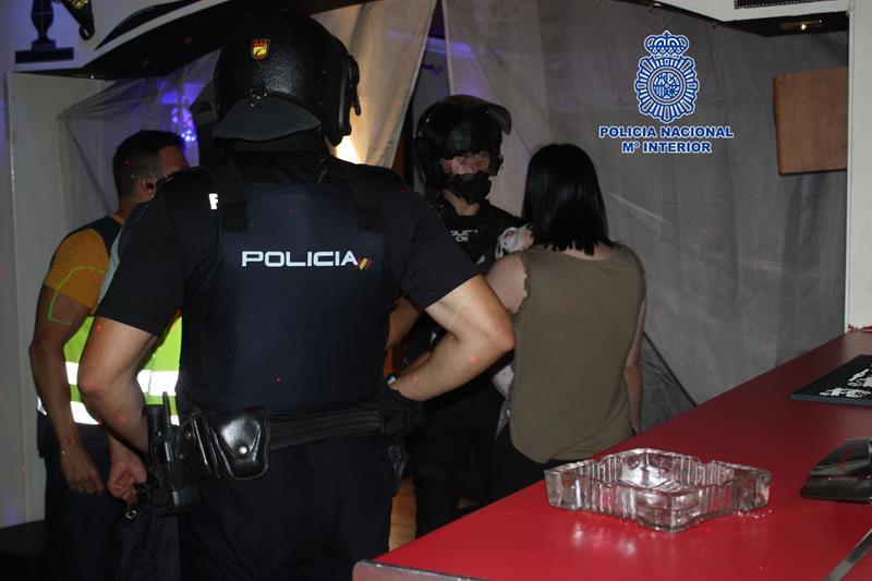 Descubren una trama criminal dedicada al tráfico de drogas y a la explotación sexual y laboral de mujeres en Murcia
