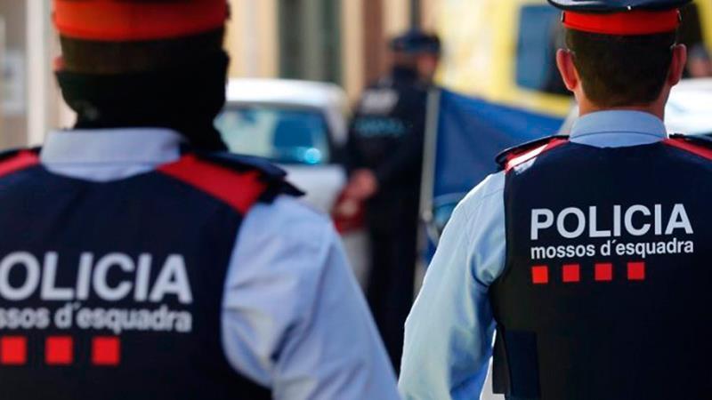 La cooperación entre Mossos y la West Yorkshire Police permite entregar seis millones de euros para las víctimas de una estafa piramidal