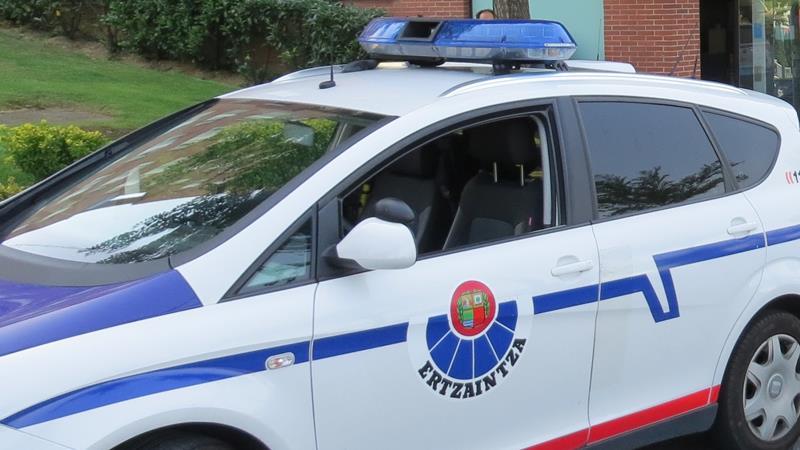 La Etzaintza detiene a uno de los presuntos autores de tres asaltos a viandantes en Barakaldo