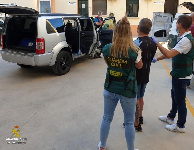 La Guardia Civil trunca la actividad de un grupo especialista en secuestros y localiza la nave industrial donde retenía a sus víctimas