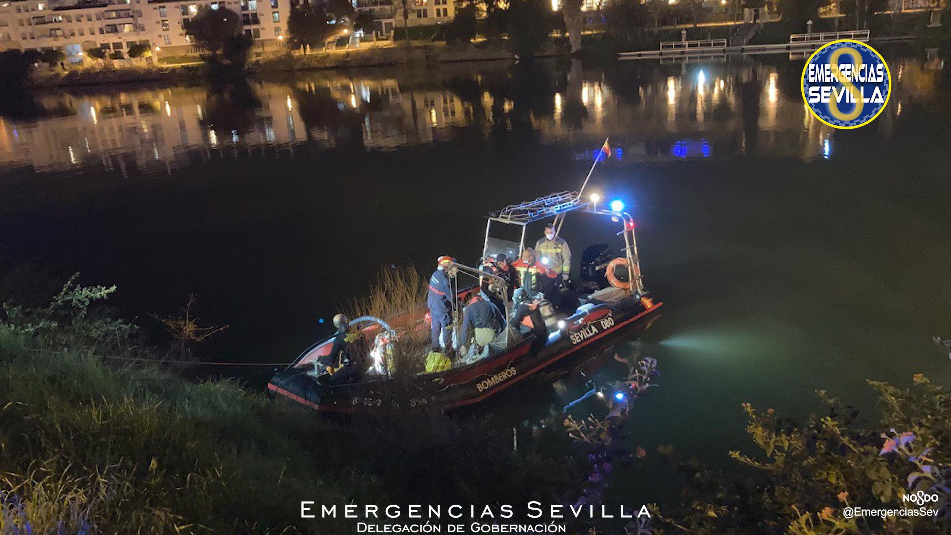 Localizan el cuerpo sin vida de un joven en un río de Sevilla tras un duro dispositivo de búsqueda