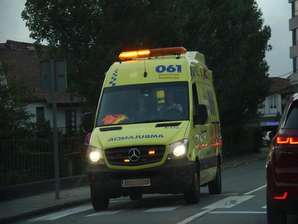 Heridas dos personas después de chocar seis vehículos en Mos (Pontevedra)