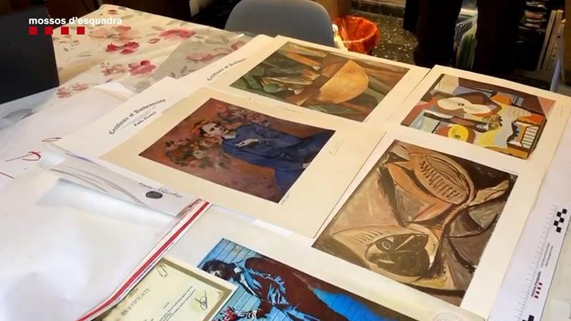 Los Mossos detienen a un hombre por vender obras de arte falsas por Internet