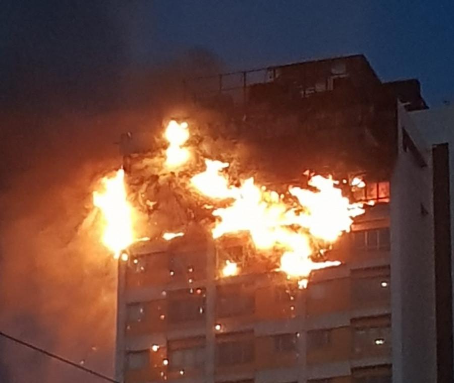 Vídeo que te puede salvar la vida: cómo actuar en caso de incendio en un edificio