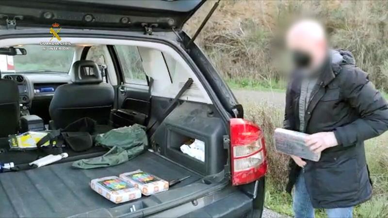 Desarticulada una organización que transportaba cocaína en dobles fondos de vehículos
