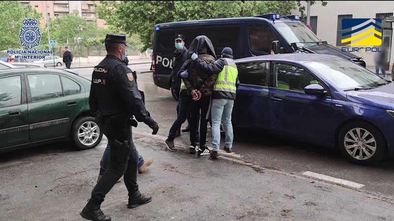 Ingresan en prisión los tres detenidos en Granada por alentar a cometer acciones terroristas