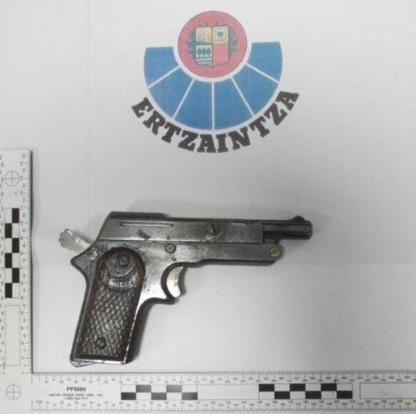 Dos detenidos tras protagonizar un robo con violencia en un establecimiento de Tolosa