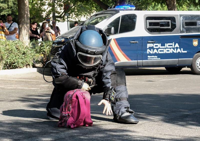 Así se forman los TEDAX de la Policía Nacional: especialistas en desactivación de explosivos