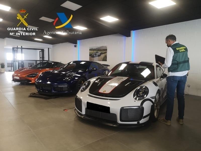 Defraudan siete millones de euros de IVA en el sector de la compraventa de vehículos usados