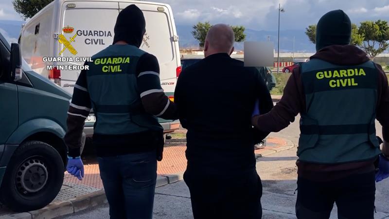 La Guardia Civil detiene a seis personas por su implicación en el asesinato de una persona en Aguadulce
