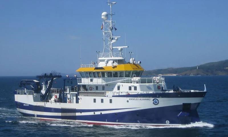 La asociación Sos Desaparecidos pide firmas para que el buque Ángeles Alvariño siga buscando a Anna y Tomás Gimeno