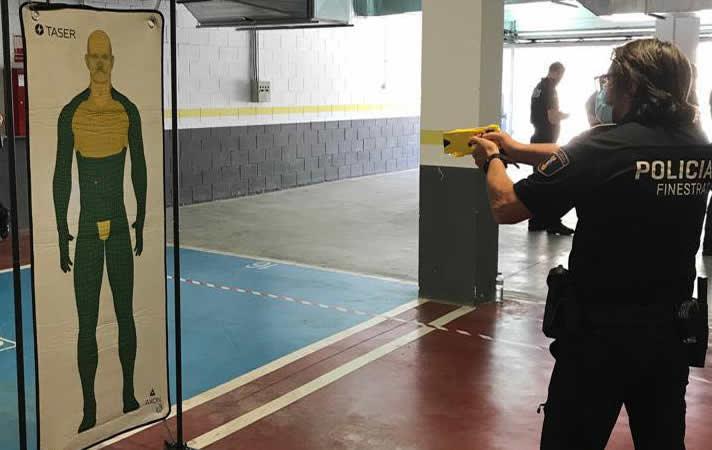 La Policía Local de Finestrat (Alicante) contará con pistola Táser para el desempeño de su trabajo