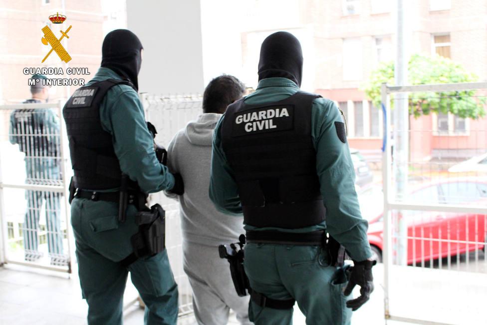 14 detenidos en Cantabria por estafar con anuncios falsos de compraventa en internet