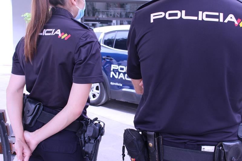 La Policía Nacional detiene a una mujer tras agredir a su madre de 91 años