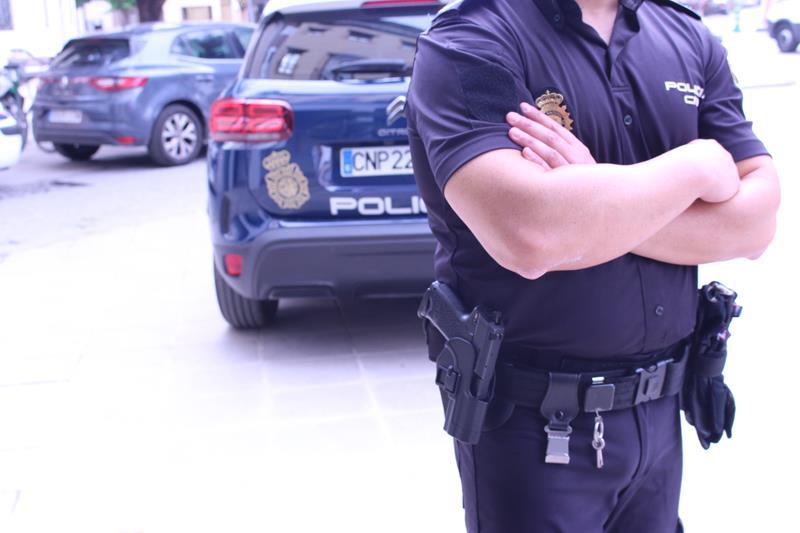 La Policía Nacional detiene a una mujer por estafar más de 2.000 euros a una septuagenaria
