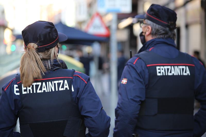 Un herido en la pelvis por arma blanca en las inmediaciones de una discoteca en Vitoria-Gasteiz