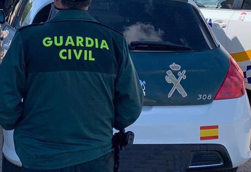 Investigan a un cargo público de la diputación provincial de Almería por adjudicaciones irregulares en la compra de material sanitario