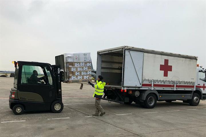 España envía ayuda humanitaria y material a Túnez para luchar contra el COVID