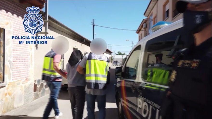 La Policía Nacional detiene a un yihadista que poseía más de 60 manuales para la autocapacitación terrorista