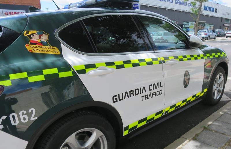 Muere un motorista tras colisionar con una furgoneta en una rotonda de Bormujos (Sevilla)