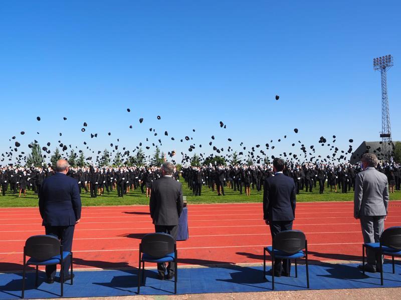 Fotos y vídeo de la jura del cargo de la promoción XXXV de la Policía Nacional en Ávila